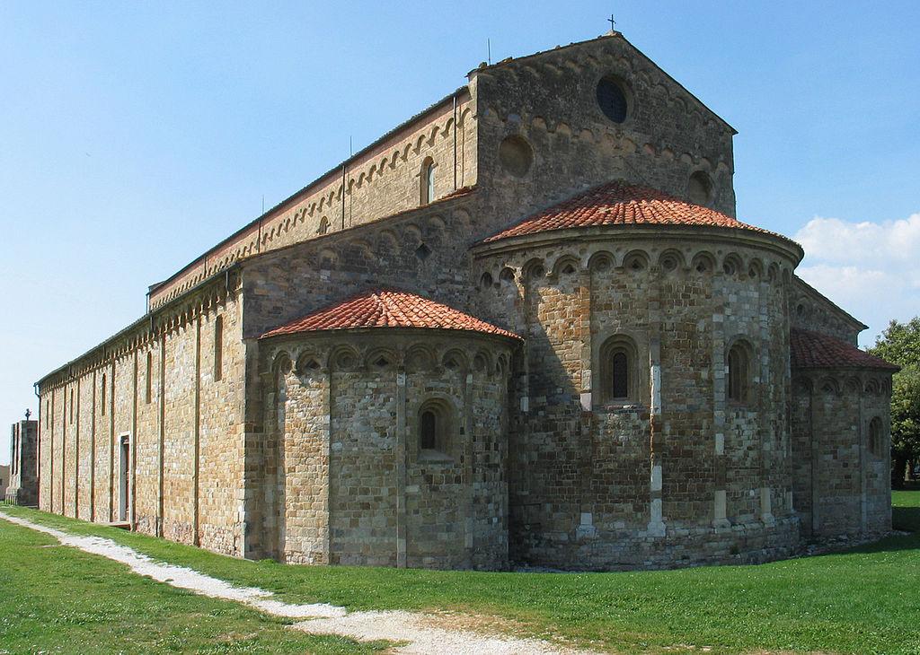 Manfred Heyde. Basilica San Piero a Grado