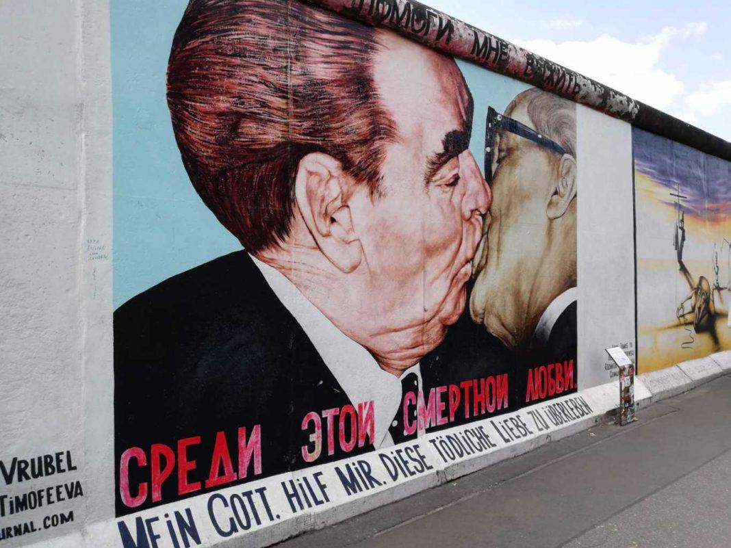 Cronaca infedele del muro di Berlino