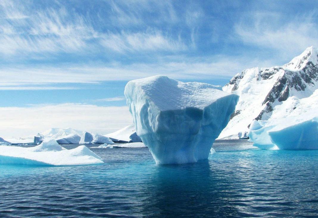 Nei ghiacci dell'Antartide sono arrivate le microplastiche