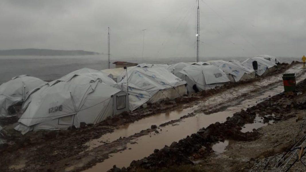 In aiuto ai profughi delle isole greche