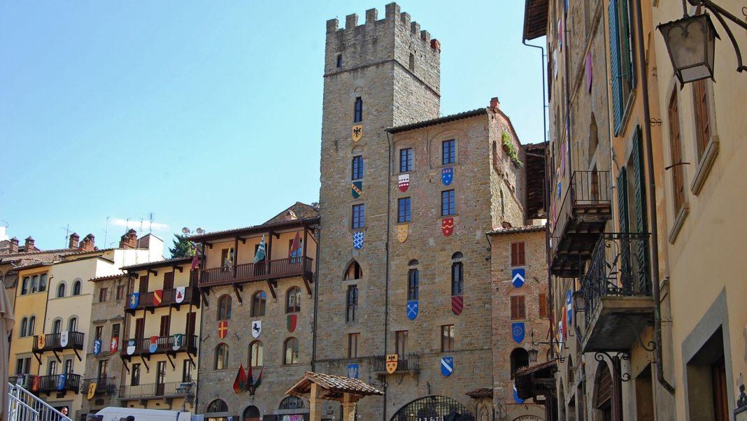 Arezzo: riprendono le passeggiate in presenza